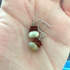 SMALL BROWN AND TAN EARRINGS